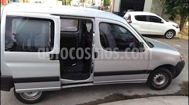 Peugeot Partner Furgon Confort 1.4 usado (2000) color Gris Plata  precio $260.000