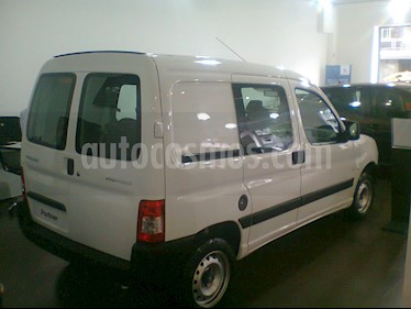 Foto venta Auto nuevo Peugeot Partner Furgon Confort 1.6 5 plazas color Blanco Banquise precio $572.000