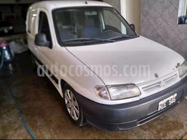 Peugeot Partner Furgon Presence 1.9 D usado (2008) color Blanco Banquise precio $290.000