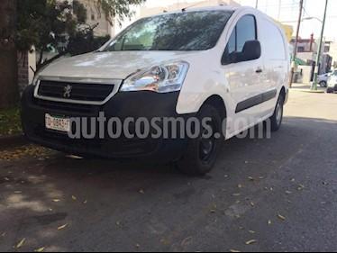 Foto venta Auto Seminuevo Peugeot Partner HDi Maxi (2018) color Blanco precio $235,000