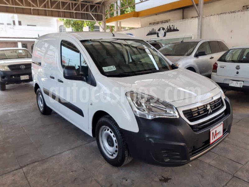 Peugeot Partner HDi usado (2019) color Blanco precio $210,000