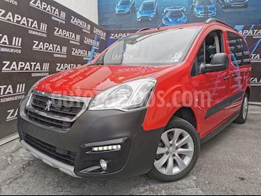 Peugeot Partner Furgon usado (2017) color Rojo precio $210,000