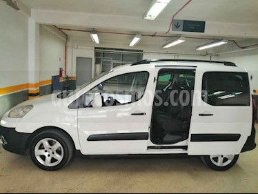 Peugeot Partner 5p Outdoor L4/1.6/T Diesel Man 7/Pas usado (2015) color Blanco precio $195,000