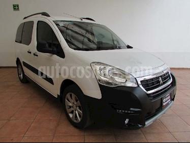 Peugeot Partner 1.6L  usado (2017) color Blanco precio $220,000