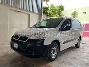 Peugeot Partner 1.6L  usado (2017) color Blanco precio $160,000