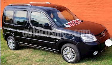 Peugeot Partner Patagonia 1.6 HDi VTC Plus usado (2014) color Negro precio $490.000