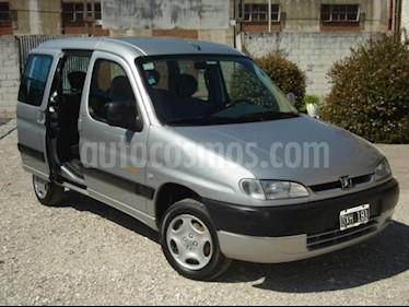 Foto venta Auto Usado Peugeot Partner Patagonica DSL AA (2002) color Gris Claro precio $95.000