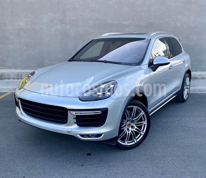 Porsche Cayenne Turbo Tiptronic usado (2015) color Plata Dorado precio $980,000