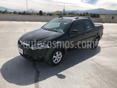 RAM 700 SLT Club Cab usado (2018) color Negro precio $210,000