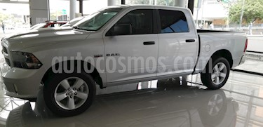 Foto venta Auto usado RAM RAM Hemi Sport Crew Cab 5.7L 4x4 (2018) color Plata precio $590,000