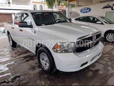 RAM RAM SLT 2500 Crew Cab Trabajo 5.7L Aut 6 vel 4x2 usado (2014) color Blanco precio $259,000