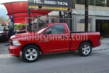 RAM RAM Hemi Sport 5.7L 4x2 usado (2016) color Rojo precio $335,000
