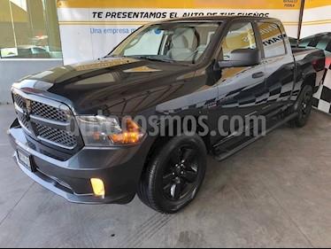 Foto venta Auto Seminuevo RAM RAM SLT Crew Cab 5.7L 4x4 (2018) color Gris precio $530,000