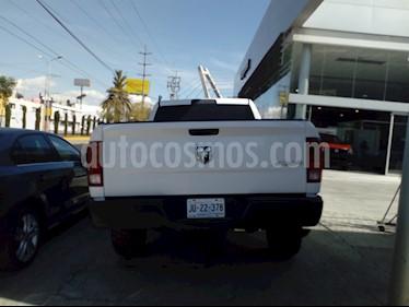 Foto venta Auto usado RAM ST 2500 Regular Cab 5.7L 4x4 Aut (2015) color Blanco