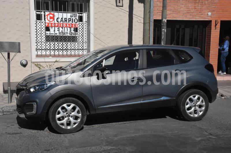 Renault Captur Zen usado (2017) color Gris precio $1.030.000