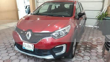 Renault Captur Intens Aut usado (2018) color Rojo Pasion precio $240,000