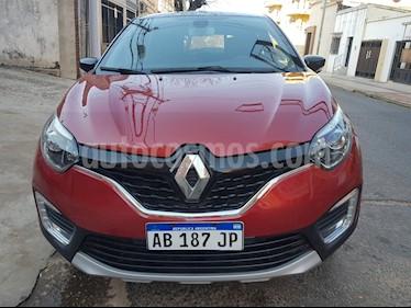 Foto Renault Captur Intens usado (2017) color Rojo precio $650.000