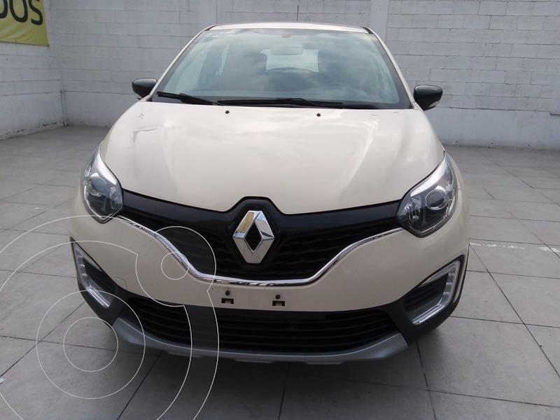 Foto Renault Captur INTENSE T/A usado (2019) color Beige precio $275,000