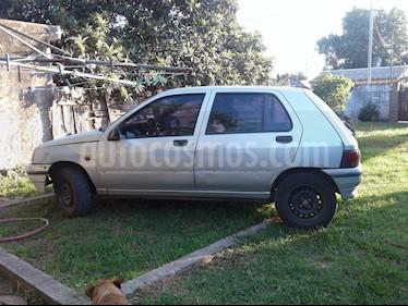 Foto venta Auto usado Renault Clio 1.6 (1995) color Gris precio $60.000