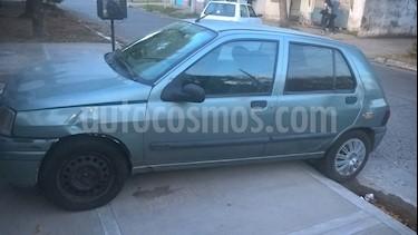 Foto venta Auto usado Renault Clio 1.6 (2000) color Verde precio $55.000