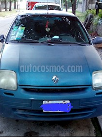 Foto Renault Clio 4P 1.6 2 Tric RN usado (2001) color Azul precio $95.000