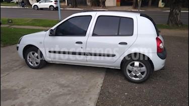 Foto venta Auto usado Renault Clio 4P 1.6 Tric Privilege (2005) color Blanco precio $147.000