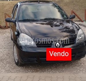 Renault Clio 5P 1.2 Authentique Pack I usado (2011) color Negro precio $200.000