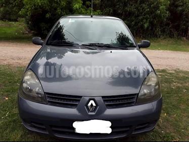 foto Renault Clio 5P 1.2 Pack Plus usado (2010) color Gris precio $165.000
