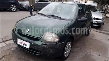 foto Renault Clio 5P 1.6 2 Bic RN Ac usado (2000) precio $100.000