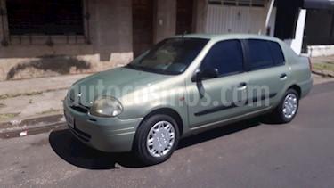 Renault Clio 4P 1.6 2 Tric RN usado (2001) color Verde precio $128.000