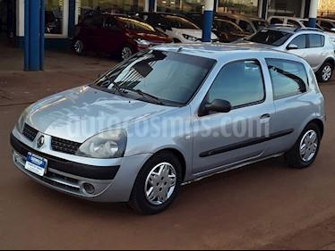 Foto venta Auto usado Renault Clio CLIO 2 F2 1.2 3 P. AUTHENTIQUE (2005) color Gris precio $176.000