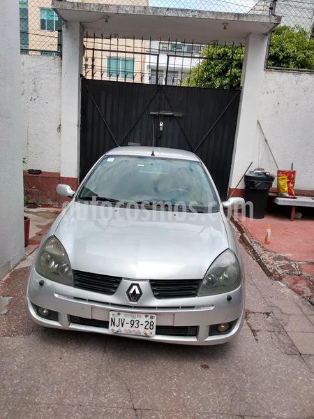 Renault Clio 1.6L Expression usado (2005) color Gris Plata  precio $41,000