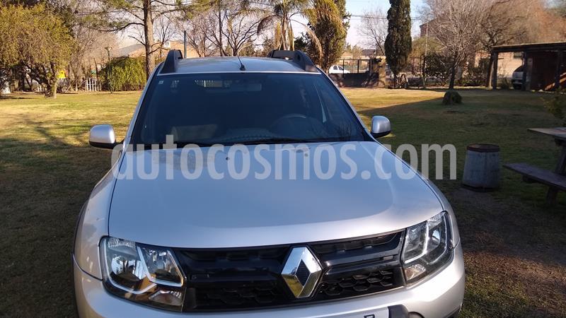 Renault Duster Oroch Outsider usado (2018) color Plata precio $1.280.000