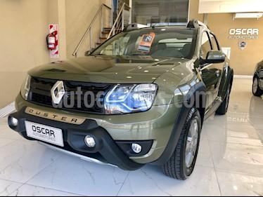 foto Renault Duster Oroch Outsider Plus 2.0 4x4 usado (2019) color Verde Esmeralda precio $1.089.000