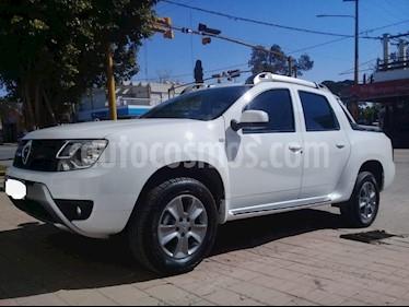 Foto venta Auto usado Renault Duster Oroch Outsider Plus 2.0 (2019) color Blanco precio $895.000