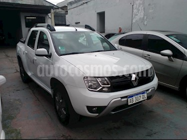 Renault Duster Oroch Outsider Plus 2.0 usado (2017) color Blanco precio $1.035.000