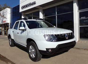 Renault Duster Oroch Outsider Plus 2.0 usado (2019) color Blanco precio $830.000