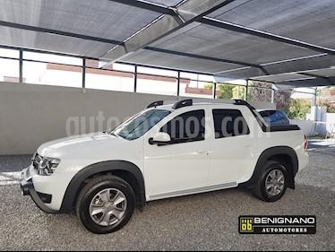 Foto venta Auto usado Renault Duster Oroch Outsider Plus 2.0 (2018) color Blanco Glaciar precio $739.000