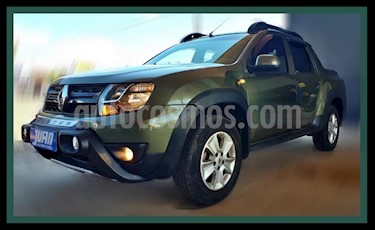 Foto venta Auto usado Renault Duster Oroch Outsider (2017) color Verde Oscuro precio $665.000