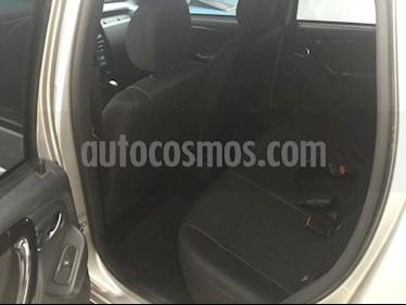 Foto venta Auto usado Renault Duster 5p Intens L4/2.0 Aut (2019) color Plata precio $270,000