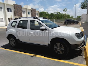 Renault Duster Intens usado (2017) color Blanco precio $230,000