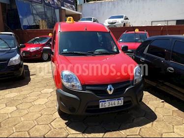 Foto venta Auto usado Renault Kangoo 1.6 2 PLC CONFORT 5AS L/14 (2018) color Rojo precio $530.000
