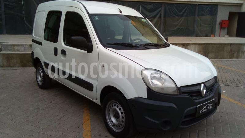 foto Renault Kangoo Express Confort 1.6 SCe 5A usado (2017) color Blanco precio $750.000