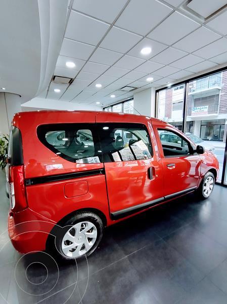 Foto Renault Kangoo Life 1.6 SCe nuevo color Rojo Fuego financiado en cuotas(anticipo $535.000 cuotas desde $20.800)