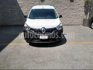 Renault Kangoo 4P INTENS 148 HP TM5 A/AC. usado (2019) color Blanco precio $200,000