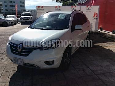 Foto venta Auto Seminuevo Renault Koleos BOSE (2016) color Blanco precio $249,000