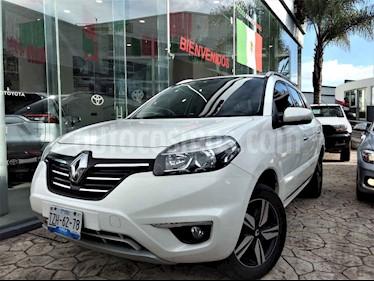 Foto Renault Koleos BOSE usado (2016) color Blanco precio $235,000