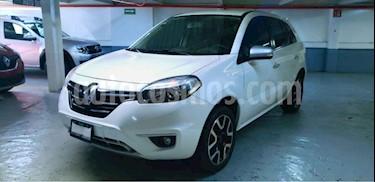 Renault Koleos 5p Expression L4/2.5 Aut usado (2016) color Blanco precio $195,000