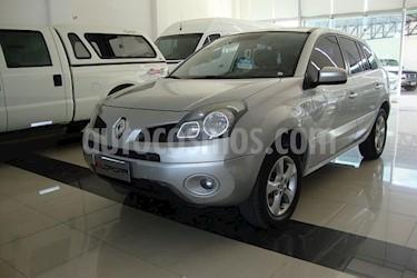 Foto venta Auto usado Renault Koleos Zen 2.5 4x2 CVT (2010) color Gris Claro precio $200.000
