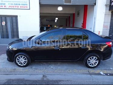 Renault Logan - usado (2013) color Negro precio $360.000